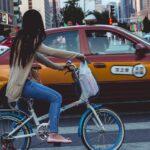 Gadis Tionghoa dan Taksi