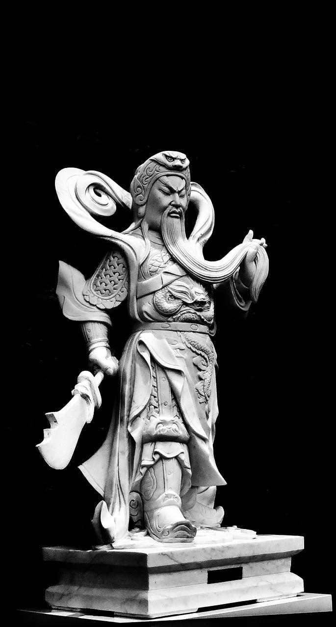 Patung Dewa Guan Gong (關公)