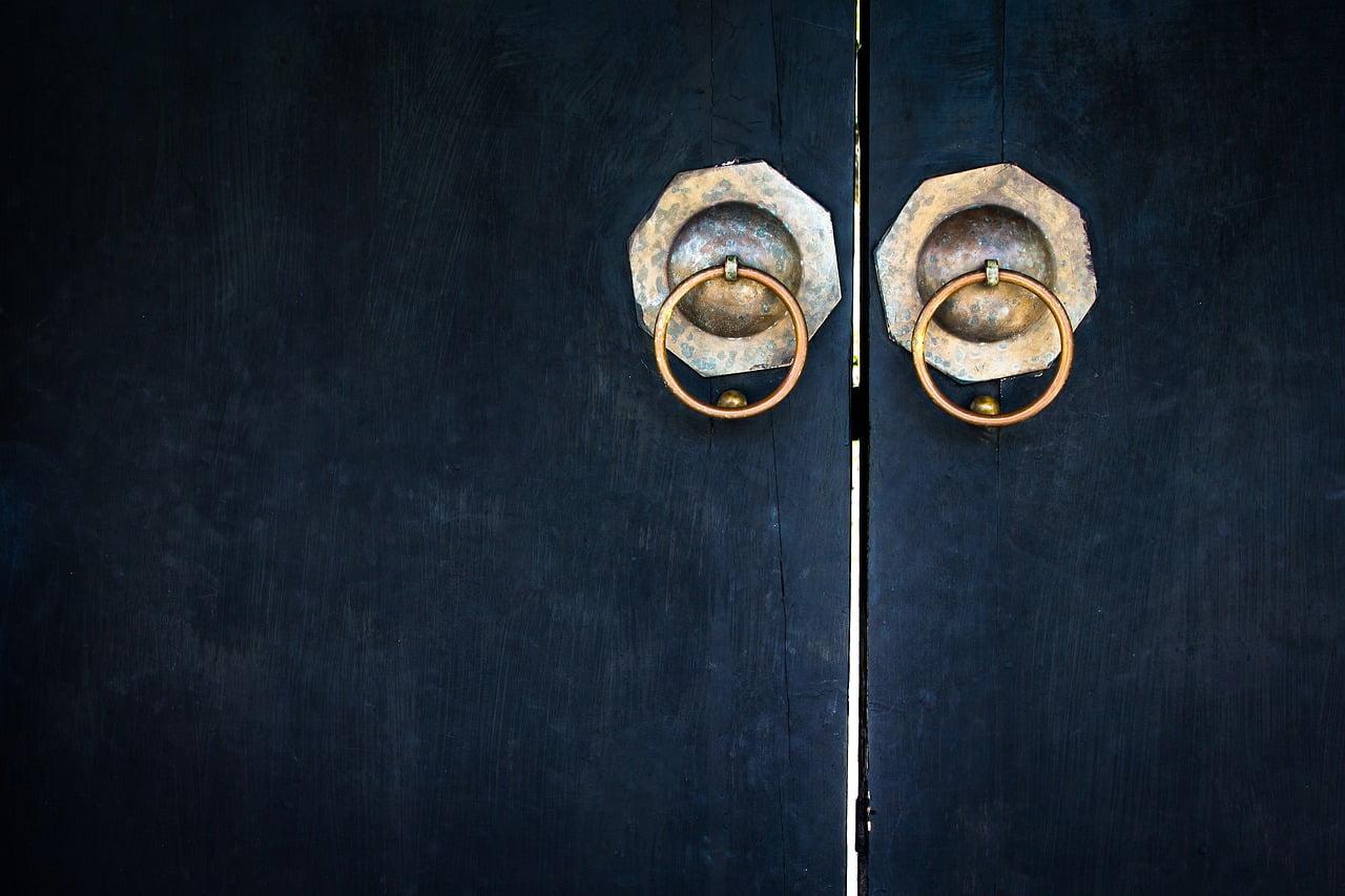 Pintu Tradisional